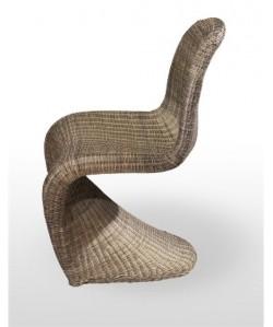 Silla de diseño MICHI monoblock, con tejido rattan.