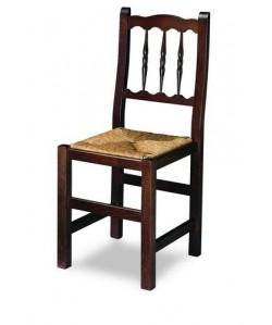 Silla de madera de haya Rf. 315105, asiento enea, barnizada.