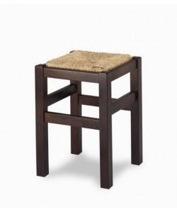 Taburete Rf. 315195, bajo, madera de haya, asiento enea, barnizado.
